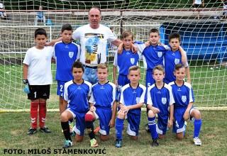 """Drugoplasirane Nišlije OFK """"Filip Filipović"""" sa trenerom Memorijalni turnir""""Aleksandar Toorović-Žuća"""" Grdelica, 14.jul 2017."""