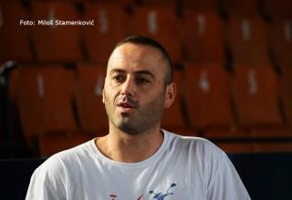 Hvala FSJO na donaciji stub KMF, Radoslav Bojat zahvaljuje na loptama Leskovac, 29.09.2017.god.