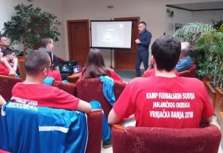FIFA sudija Dalibor Đurđević danas u poseti kampu perspektivnih sudija Jablaničkog okruga.