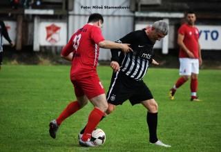 Revijalna memorijalna utakmica na Gradskom stadionu. Detalj sa utakmice veteran:Dubočica-Partizan(3:2) Leskovac,22.maj 2018.godine.