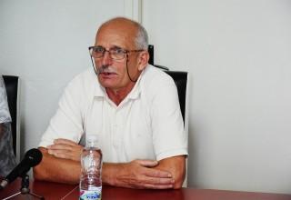 Finale Kupa FSJO:Moravac Orion-Jedinstvo(B). Potpredsednik Saveza, Radovan Stanković sa novinarima. Leskovac,15.jun 2018.godine.