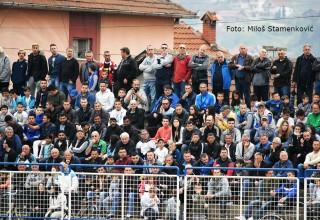 Praznik fudbala u Jablaničkom okrugu. Na derbiju 3000 gledalaca,oko 200 uz Pčinju. Vlasotince,07.april 2019.godine.